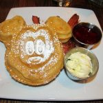 8 Amazing Places to Eat at Disney World with Kids