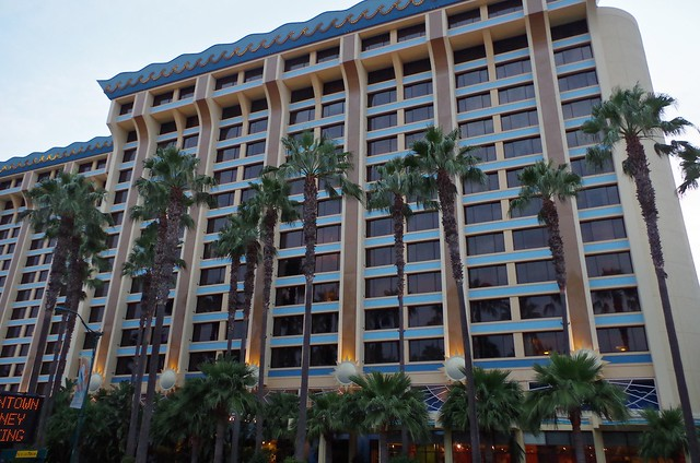 Paradise Pier Hotel review