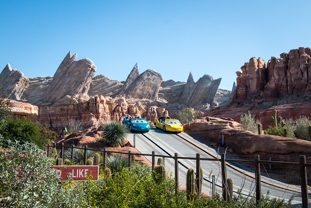 Check out our top 5 Fast Pass Rides at Disneyland