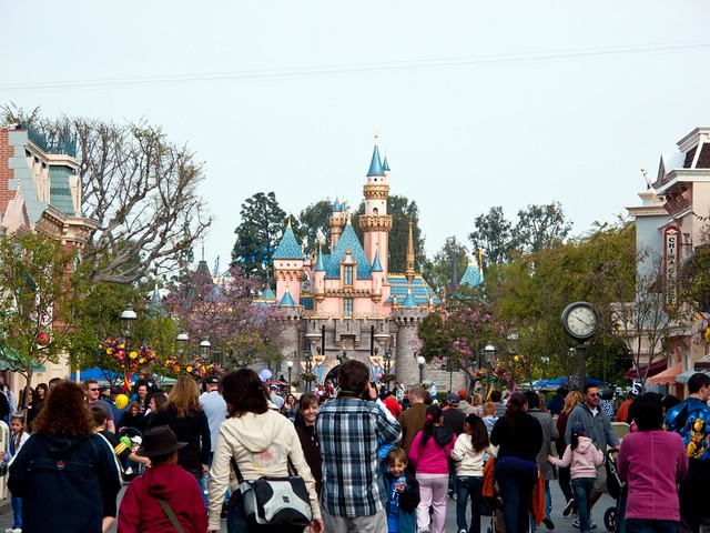 Is it Packed?: Disneyland Crowds in June