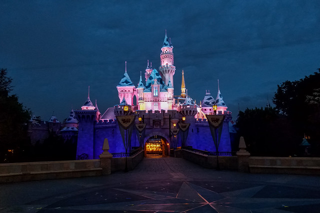 What to Pack for Disneyland in October