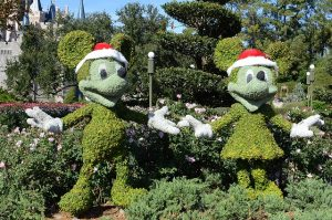 The 7 Best Disney Resorts at Christmas That Are Incredible