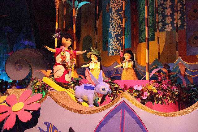 it's a small world Disneyland review