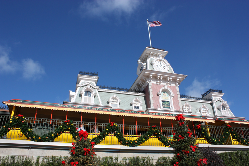 Mickey's Very Merry Christmas Party review