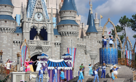 How to Dress in Disney World in October